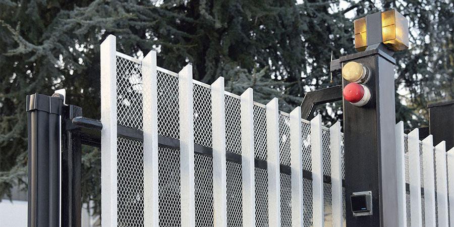 SICURA NET - Rete stirata protezione cancelli elettrici